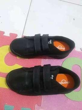 Zapatos unixes negros para colegio NUEVOS #34