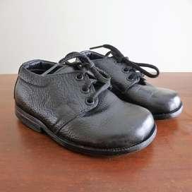 Zapatos en cuero Talla 21