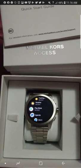 Michael kors Access Smart watch original en caja
