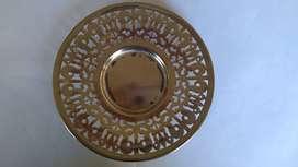 Plato de pan de metal plateado calado