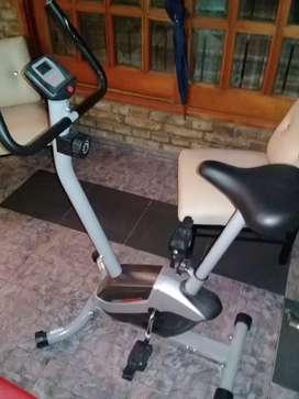 Bici fija sin uso