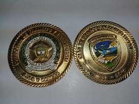 Monedas,medallas,insignias para ejercito y policía y muchos mas artículos