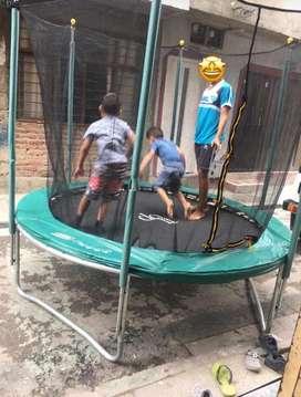Se alquila brinca brinca o trampolin