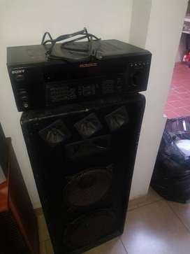 Vendo amplificador Sony y bafles