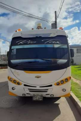 Buseta intermunicipal con ruta Bogota La Dorada