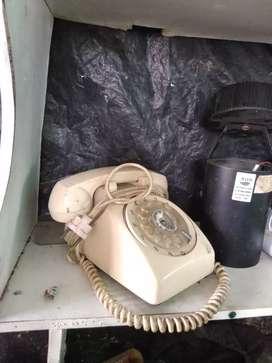 Teléfono. En buen estado