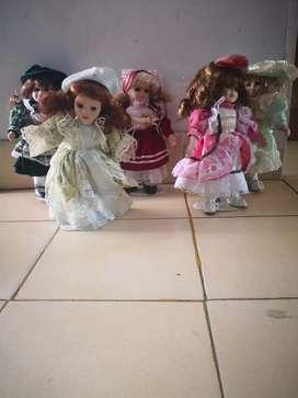 Damas Antiguas en Porcelanas 20 Cm