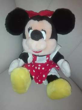 Peluche Minnie mouse de disney original,grande 35cm  impecable  $ 800
