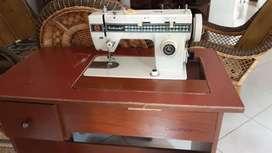maquina de coser en perfecto estado