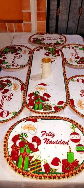 Individuales acolchados bordados en frio navideños