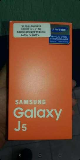 Vendo celular j5