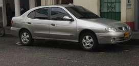 Vendo cambio Renault 2007 recibo moto