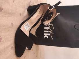 Zapatos de dama nuevos talla 38