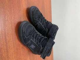 Dc Shoes de niño Usados 11.5 (4años)