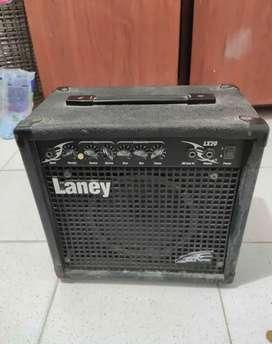 Amplificador Laney lx20