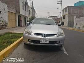 Vendo Honda Accord del 2004 full
