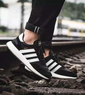 Venta de zapatos Adidas