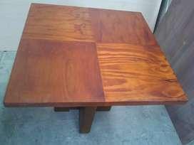 Mesa de 80 x 80 cm