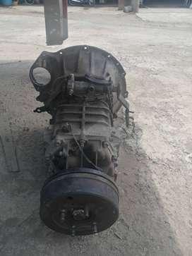 Caja de trasmisión motor 3.5 turbo NPR