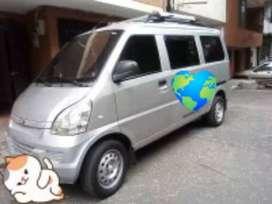 Se ofrece mini van para mensajería , con permiso de Medellín te cuida .