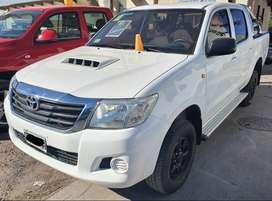 Toyota Hilux 2.5L Dx Pack 4x4 Mt