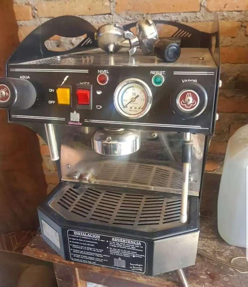 Maquina de cafe EXPRESS RILO GENUIKE 0