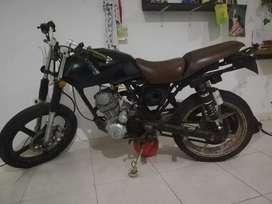 Vendo moto sigma 100 t usada