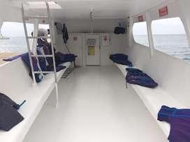 Se alquila embarcaciones turisticas el la playa se salinas para todo evento y tambien avistamiento de ballenas