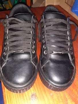 Zapatillas de eco cuero