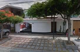 Casa  Terreno en Venta de 266 M2 en Surco