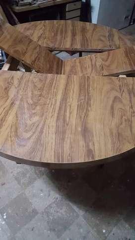 Vendo mesa md.150x120 con 6 sillas