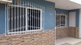 Se alquila, Departamento ubicado por los Capuchinos, Portoviejo