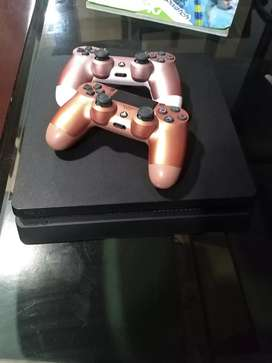 Se Vende Consola Play Station 4