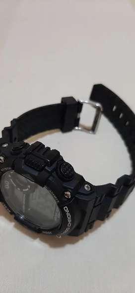 Reloj digital q&q