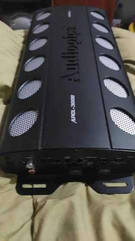 Amplificador audiopipe nueva