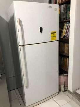 Refrigeradora/Cocina a gas/ Microondas todo por $650