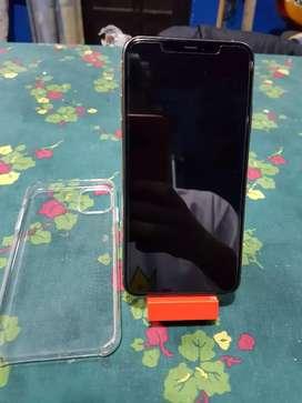 Vendo Iphone 11 Pro Max Problema de Señal