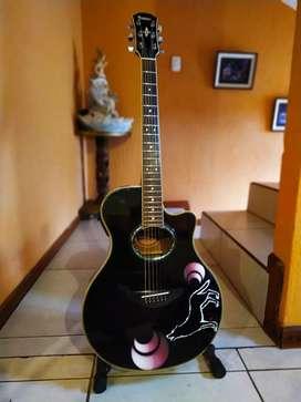 Vendo Guitarra electroacústica Yamaha