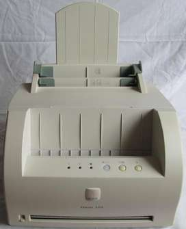 Impresora Laser Xerox Phaser 3110 a toner color negro