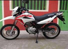 Vendo Moto Honda XLR 150, seguro, tecnomecanica, impuestos al día,ubicada en Bogotá