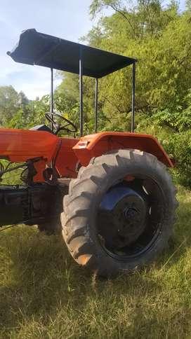 Vendo Tractor utb 650