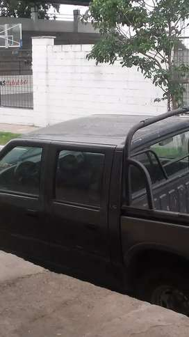 Vendo Chevrolet luv en vuen estado