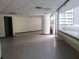 Venta de oficina con terraza en THe Point, Puerto Santa Ana, Guayaquil