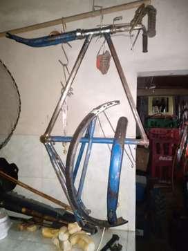 Bicicleta antigua tipo inglesa