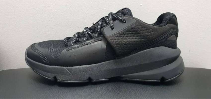 Zapatilla Under Armour Forge RC