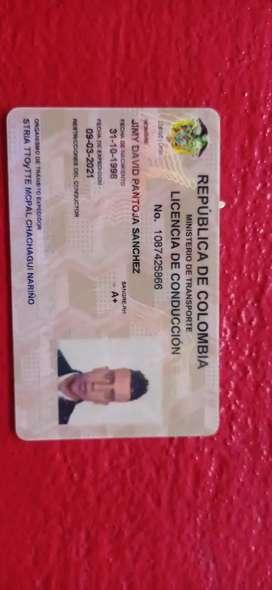 Ofrezco mis servicios como conductor de taxi soy muy responsable tengo licencia c2 al día sin comparendos