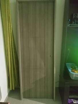 Puerta para apartamento nueva con marco