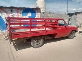 Vendo camioneta Datsun