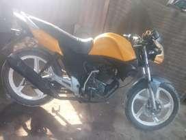 Venta moto PREMIER 150.