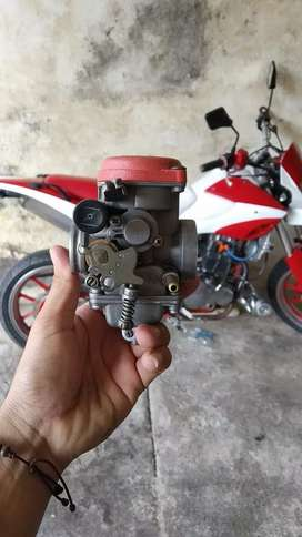 Carburador  xm 180 akt